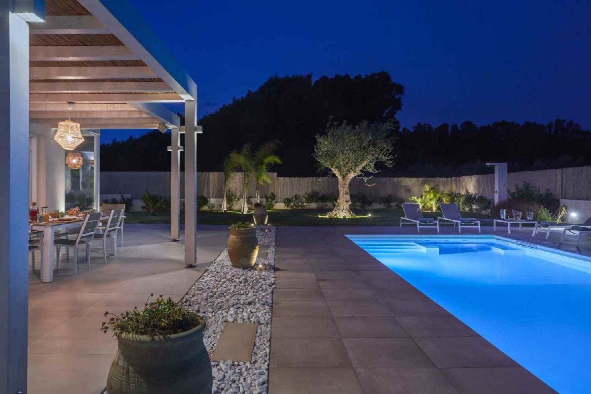 villa sariva piscina e spiaggia a 50 mt Ispica Sicilia