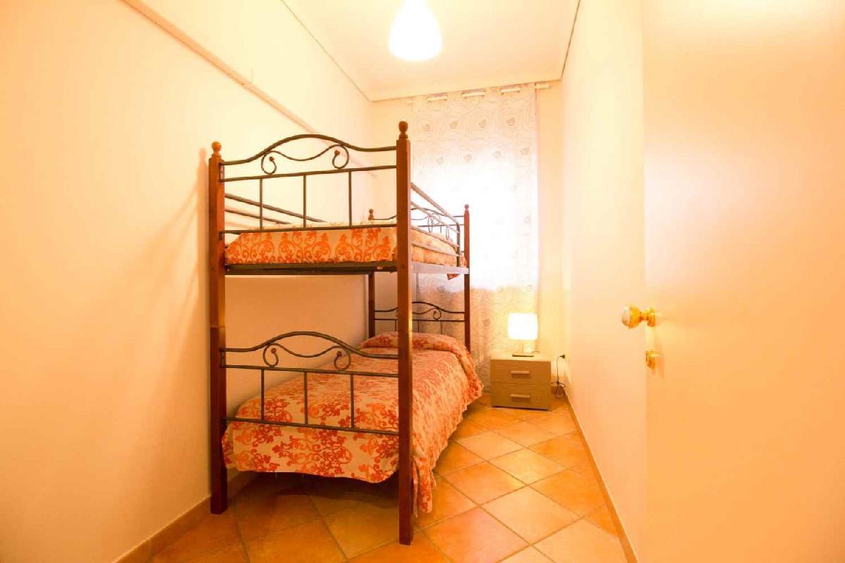 casa vacanze delfino2 mare a 70 mt Pozzallo Sicilia